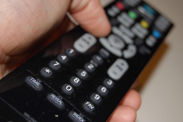 Come sintonizzare TV Philips senza telecomando